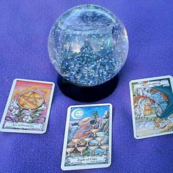 Tarot Spreads Meanings and Tips